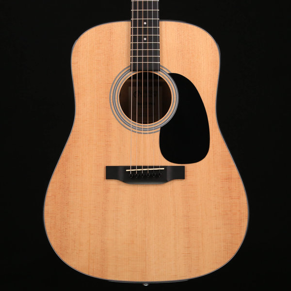 Martin Martin D-12E Road Series (Soft Shell Case Included) S/N 2274049 4lbs 12.3oz - Demo