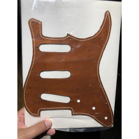 BCL Leather Stratocaster Pickguard Brown