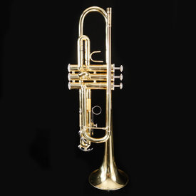 Bach Bach 507694 TR300H2 USED Student Bb Trumpet w Case; no mouthpiece; finger hook off