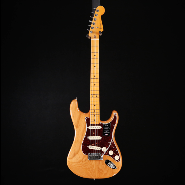 Fender Fender American Ultra Stratocaster Maple Fb, Aged Natural US19080120 7lbs 10.1oz