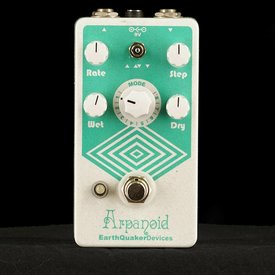 EarthQuaker Devices Earthquaker Devices Arpanoid Polyphonic Pitch Arpeggiator