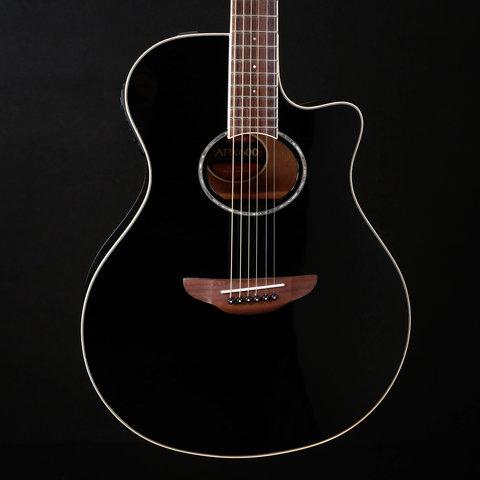 Yamaha APX600 BL Thinline body, spruce top, System 65 piezo Black 045 4lbs 11.4oz