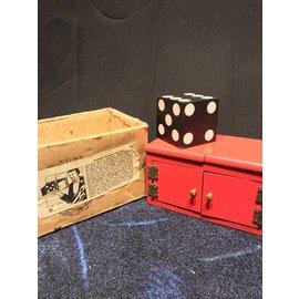 D. Robbins Vintage Magic Sucker Sliding Die Box