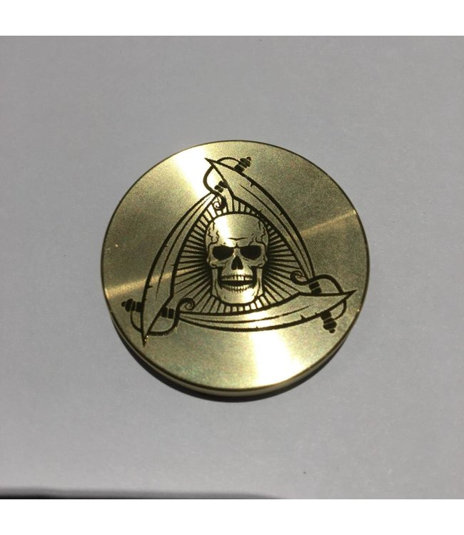 Ronjo Okito Box Lid Skull And Swords, Quarter
