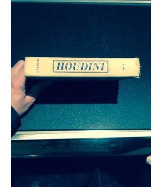 USED Houdini The Man Who Walked Through Walls by Gresham - Book (M7)