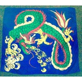 Silk - 36 inch Dragon (M11)