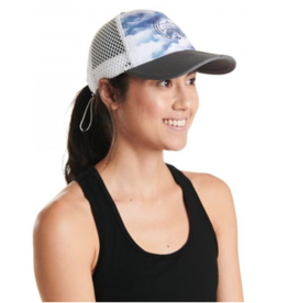 Oiselle Running, Inc Oiselle Runner Trucker Hat (W)