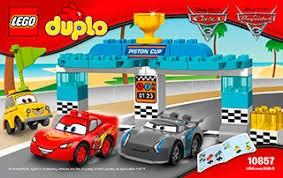 LEGO DUPLO Cars TM Piston Cup Race