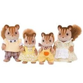 Calico Critters CALCIO CRITTERS: Hazelnut Chipmunk Family