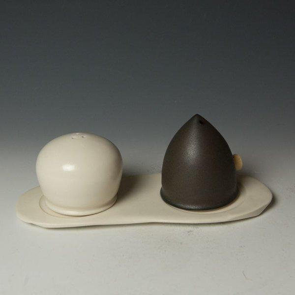 Masa Sasaki Masa Sasaki, Salt & Pepper Shaker(3 pcs), porcelain clay, glaze