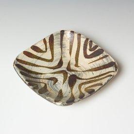 Hunt and Dalglish Michael Hunt & Naomi Dalglish, Medium Square Plate, hakame, iron,