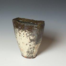 Hunt and Dalglish Michael Hunt & Naomi Dalglish, Shield Vase, hakame slip, clear glaze