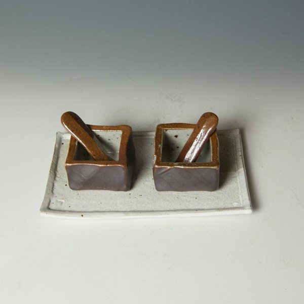 Nancy Green Nancy Green, Laterite Salt & Pepper Cellar, stoneware, slip