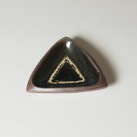 """Courtney Martin Courtney Martin, Triangle, stoneware, 1.5 x 5.5 x 5.75"""""""