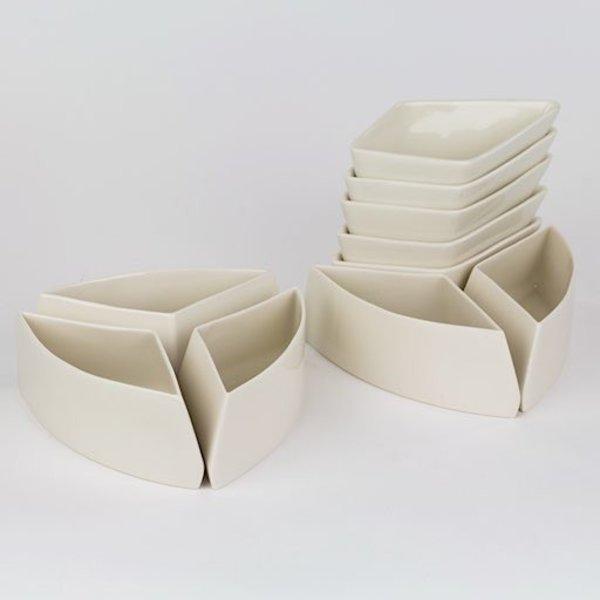 """Rachel Garceau, Star Server(10 parts),  Porcelain, glaze, 11 """" diameter circle"""