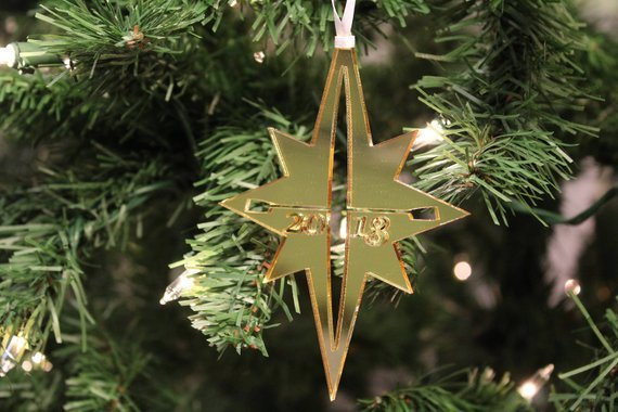 Starboard Souvenirs :2018 Exclusive! Sculler Star Ornament