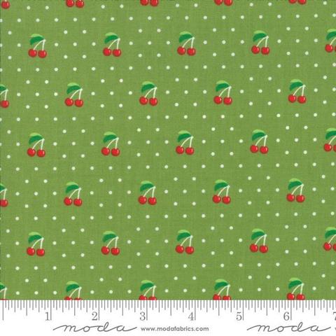 Moda - Orchard / Cherries / Green / 24074-15