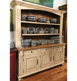 Hutch with 3 doors - Distressed Cream