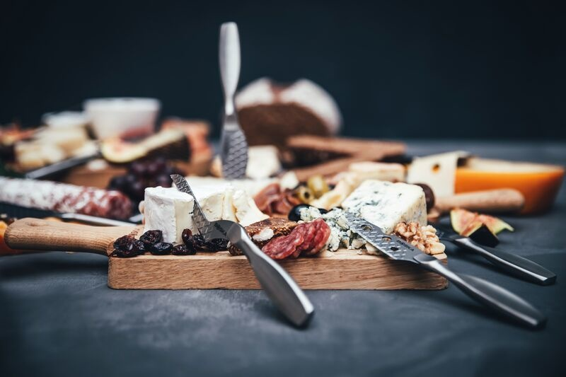Making The PERFECT Cheese Board!