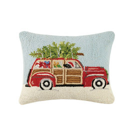 "Station Wagon w/Black Lab Hook Pillow - 16"" x 20'"
