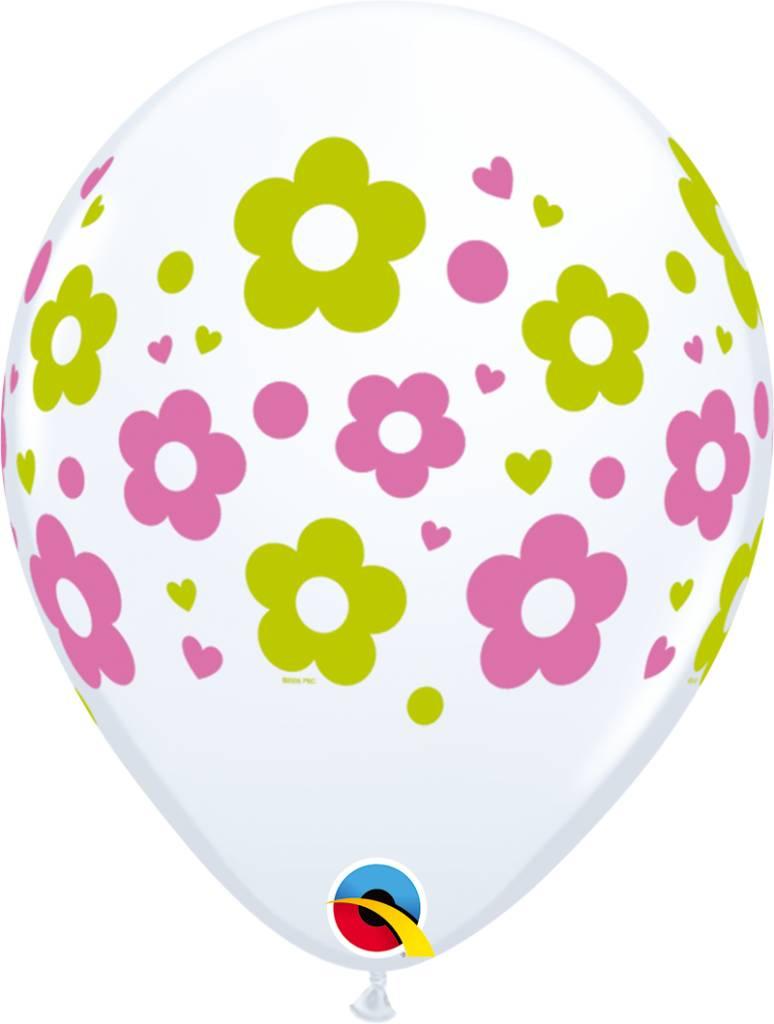 "11"" Daisy Dots & Hearts Balloon (Without Helium)"