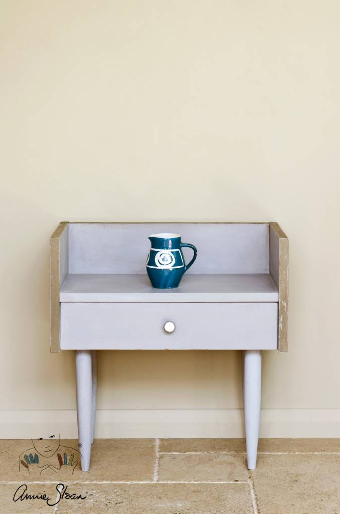 Paloma Chalk Paint by Annie Sloan
