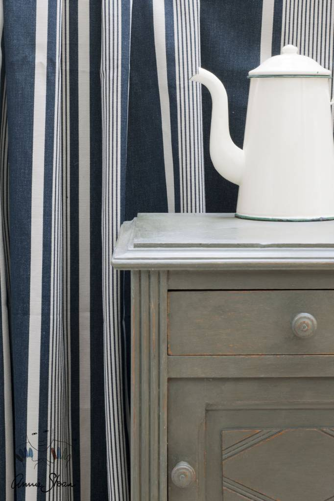 Olive Chalk Paint by Annie Sloan