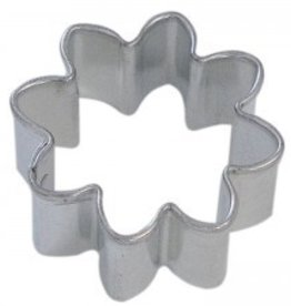 R and M Mini Daisy Cookie Cutter
