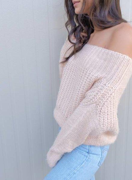 casting LA Olive sweater