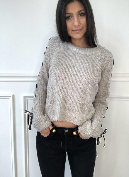 uniq Sam sweater