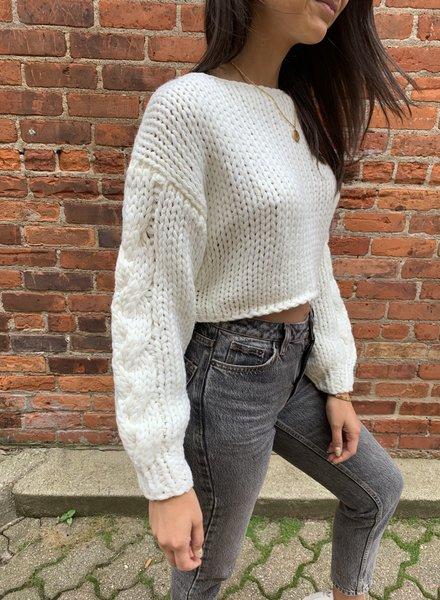 Hera nova sweater