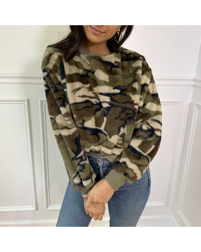 storia sloane faux fur sweater