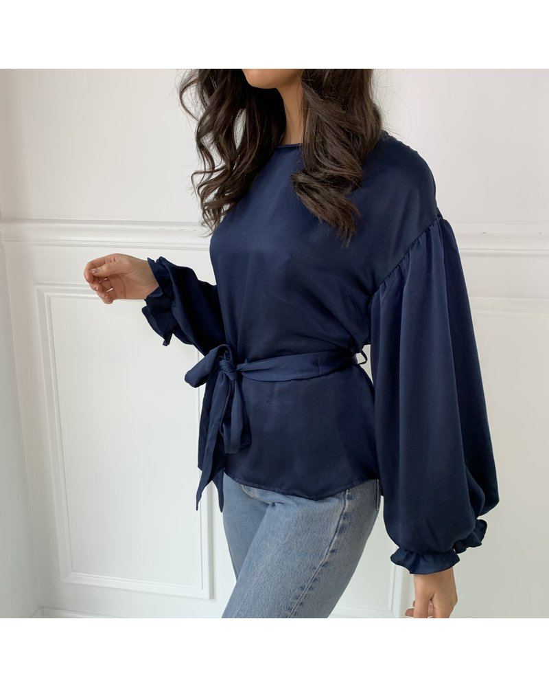 essue brooke blouse