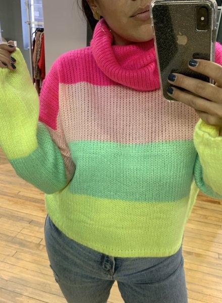 Hot & Delicious amari sweater