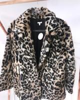 En Creme kara coat