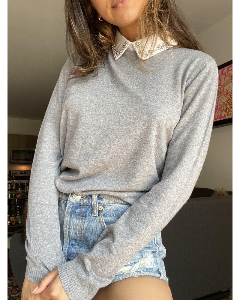 On Twelfth regina sweater top