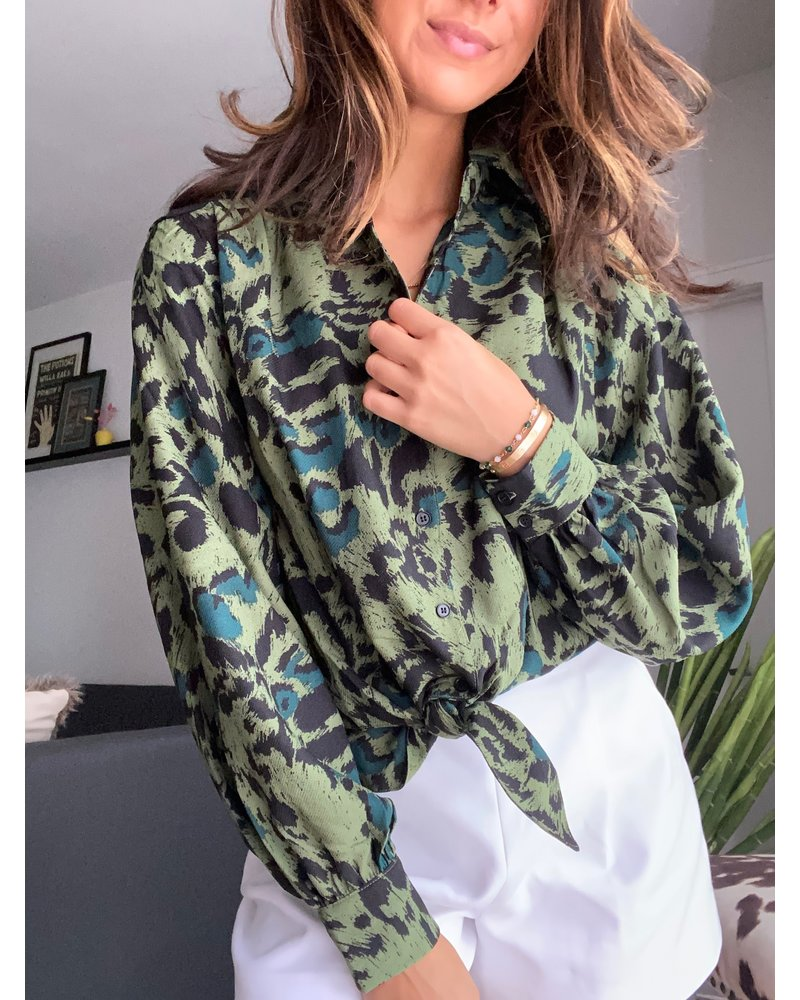 signature 8 rose blouse