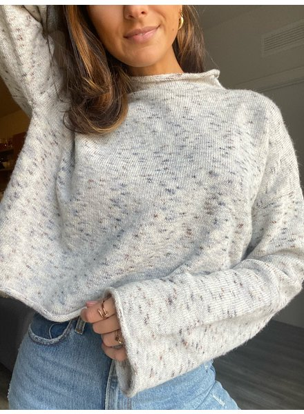 olivaceous vita sweater