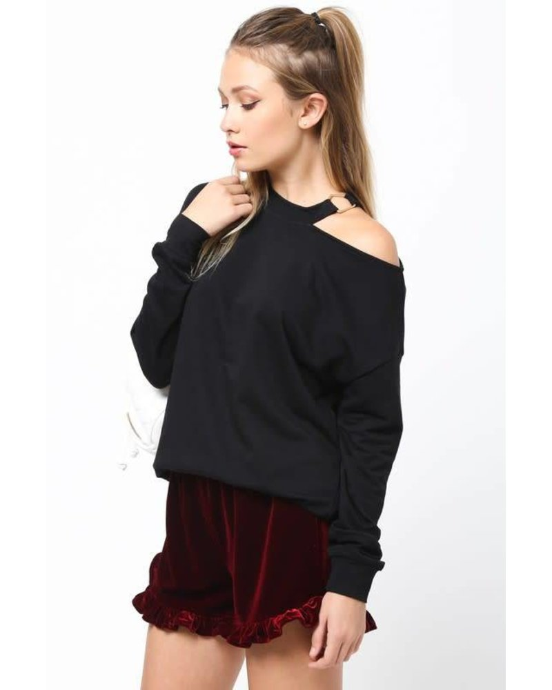 Very J vt13343 cold shoulder sweatshirt
