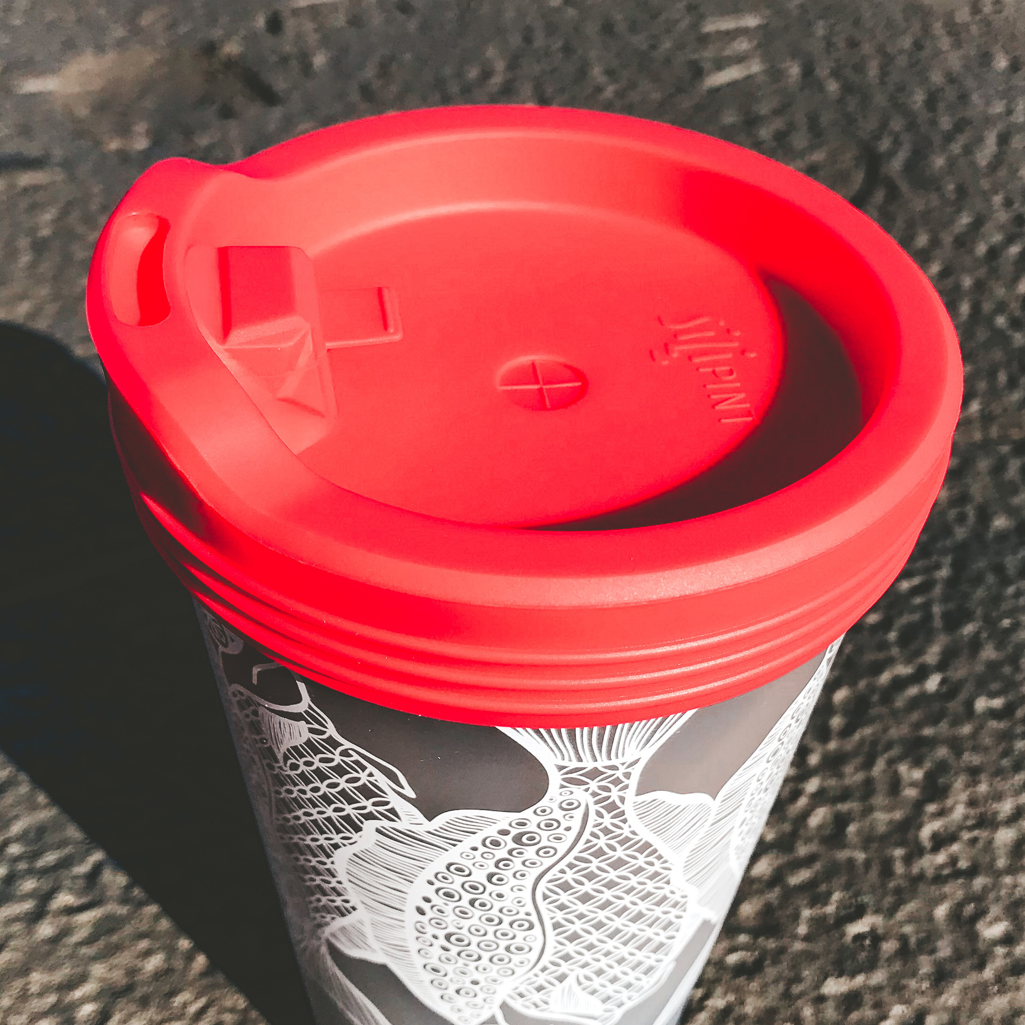 Silicone Travel Lid- Red