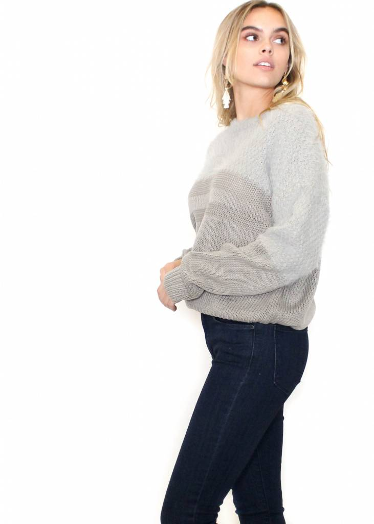 CHELSEY GREY TEXTURED SWEATER