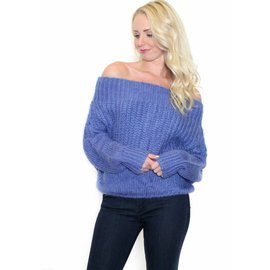 MONROE OFF THE SHOULDER SWEATER