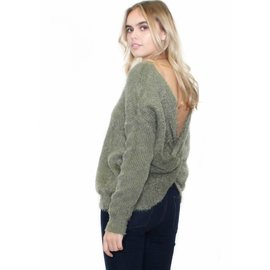 MEGAN BACK TWIST SWEATER