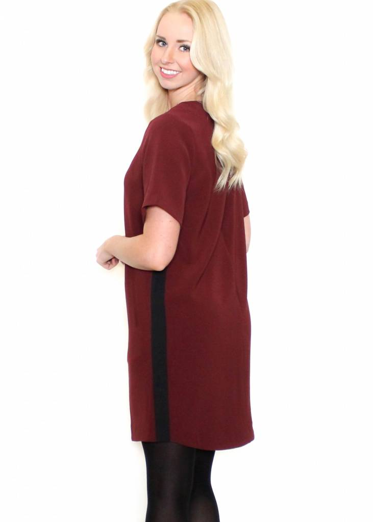 MABEL BURGUNDY SHIFT DRESS