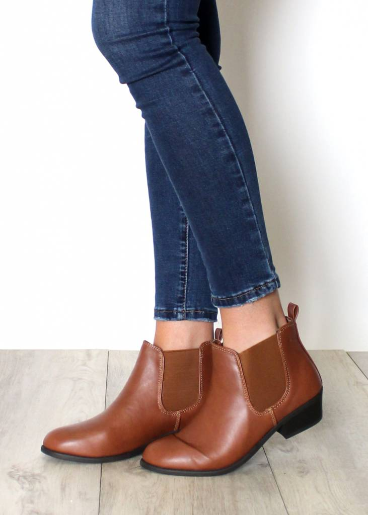ON PACE COGNAC BOOTIES