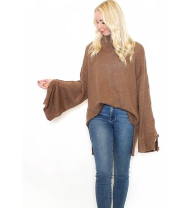 MADDOX OVERSIZED SWEATER
