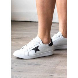 COLLINS WHITE SNEAKERS