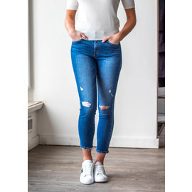 UPTOWN GIRL CROPPED JEANS