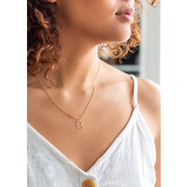 MN OUTLINE GOLD NECKLACE