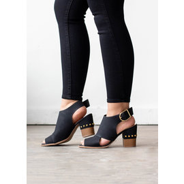 JUST MY TYPE HEELED SANDALS